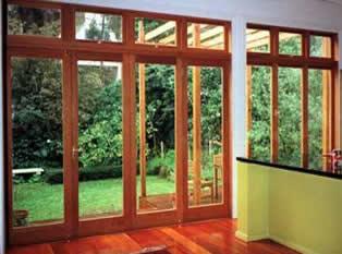 Web de san miguel aberturas cicala puertas portones for Puertas jardin aluminio